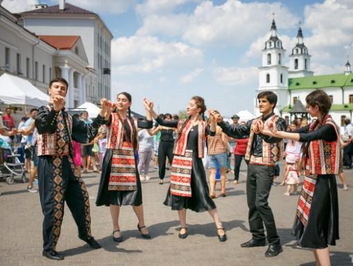 Минск фестиваль национальных культур